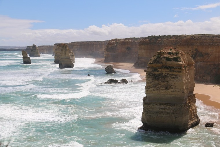 Large great ocean road