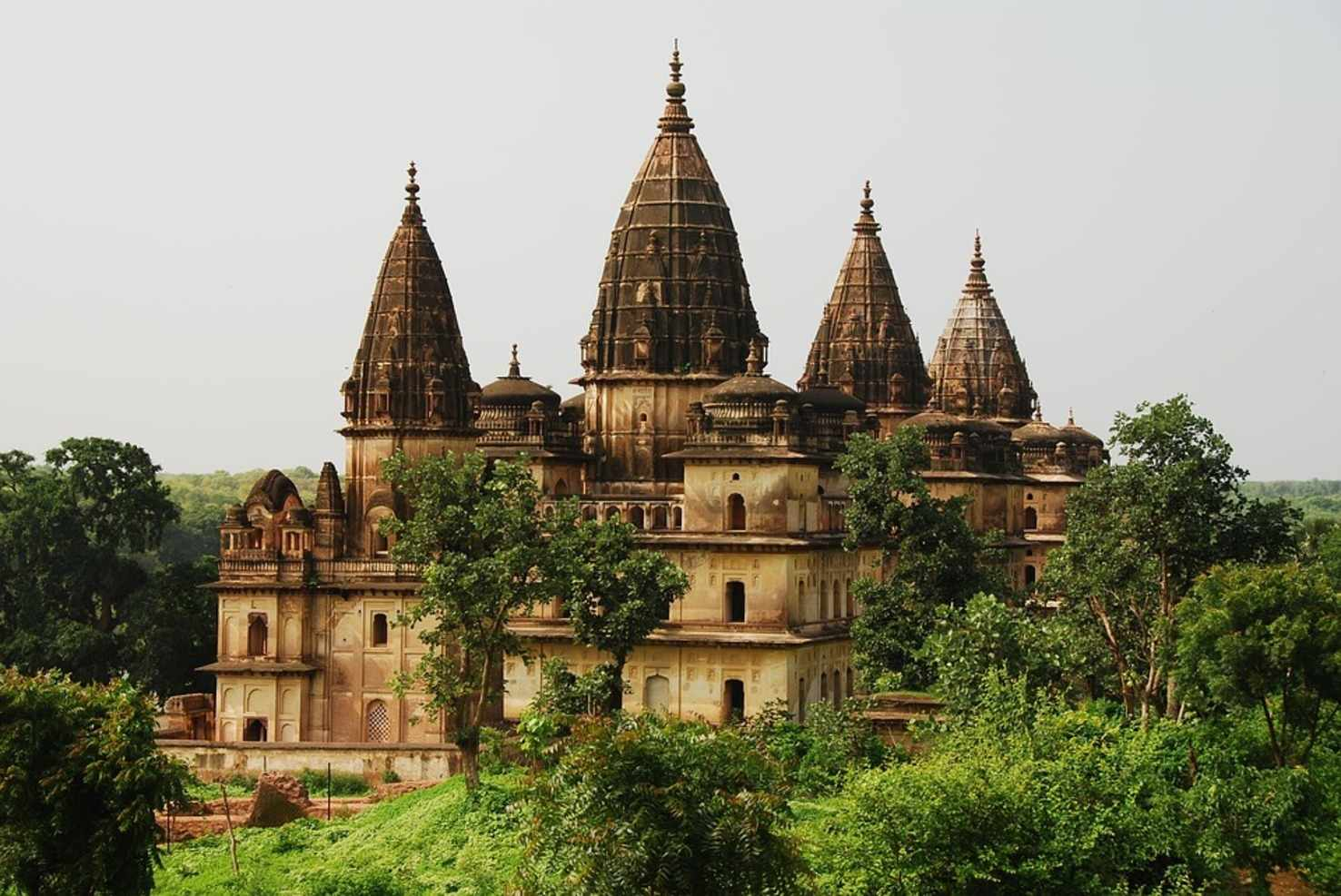 Grand Rajasthan Tour Package (12 Nights/13 Days)
