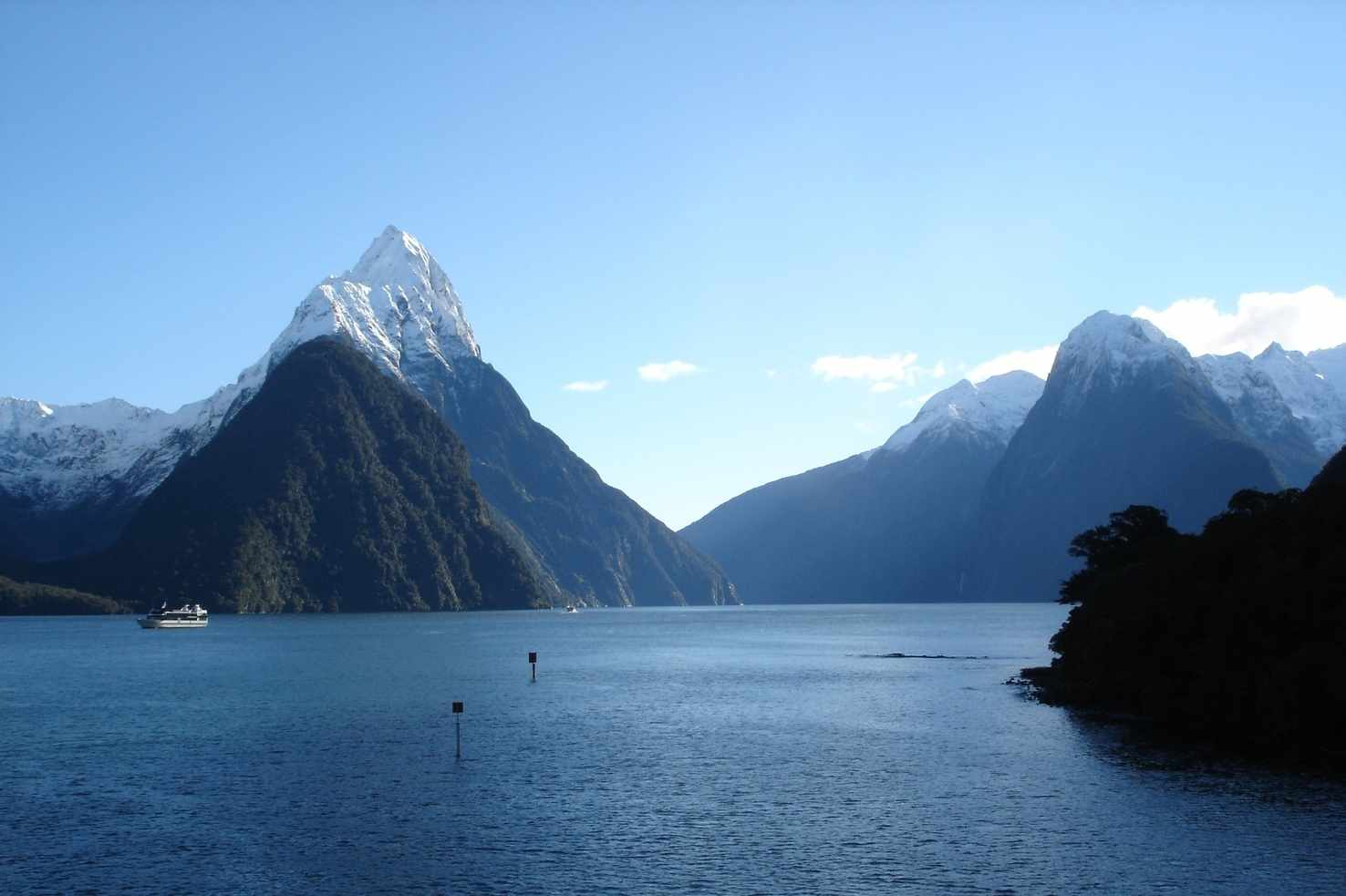 Large milford sound