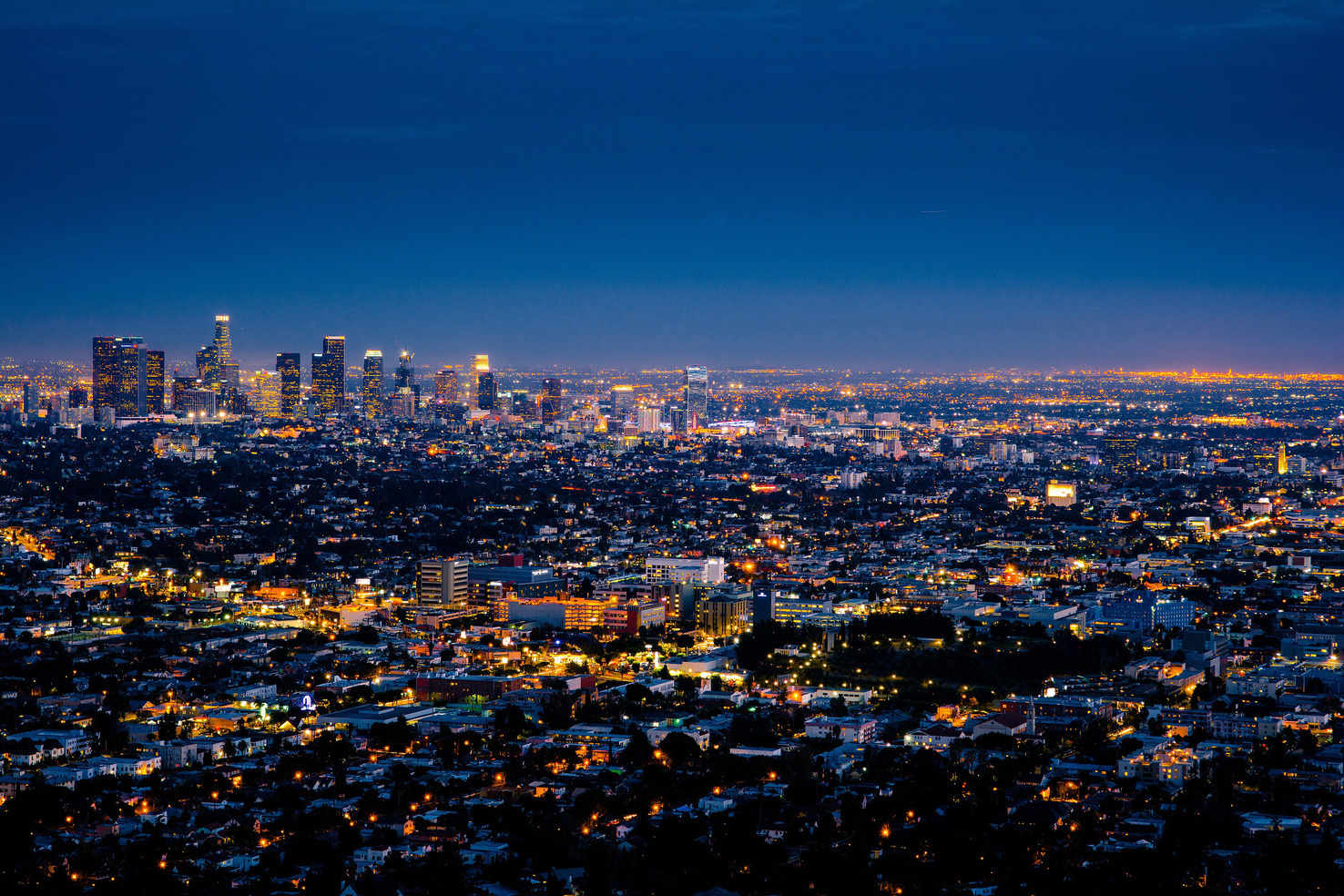 Large night lights in los angeles