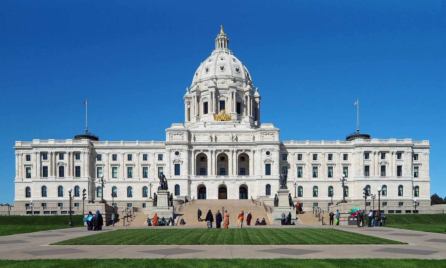 Large minnesota state capitol