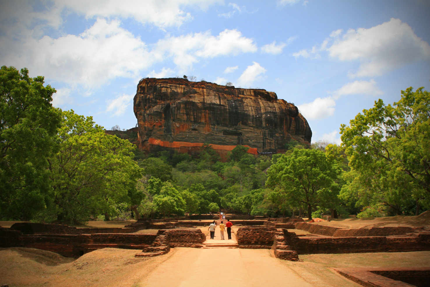 Large sigiriya rock and surrounding gardens