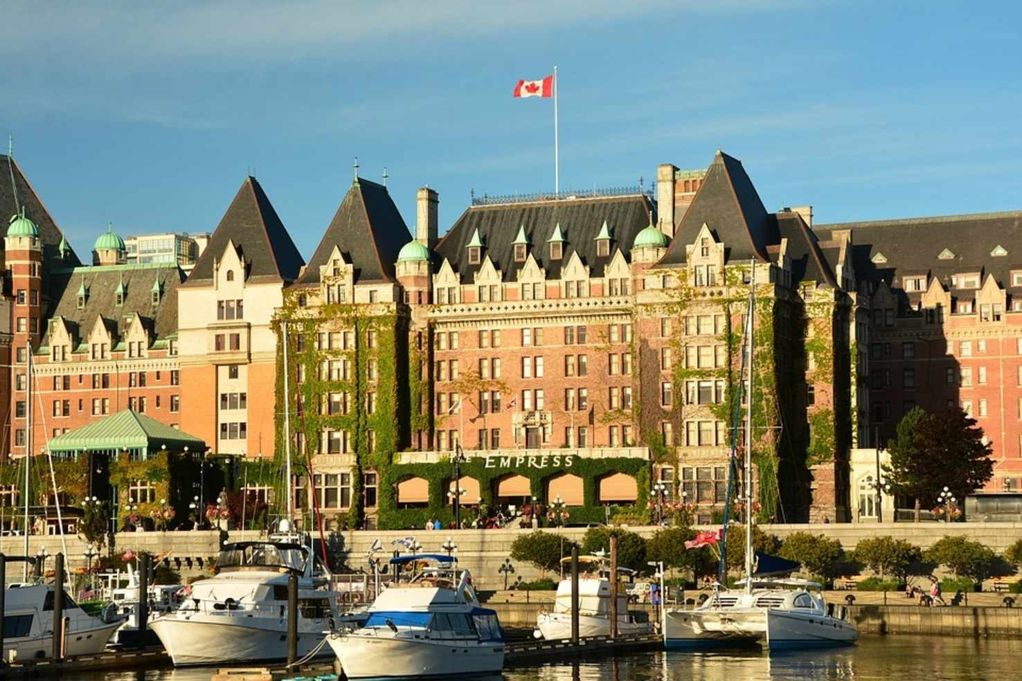 Large empress hotel victoria