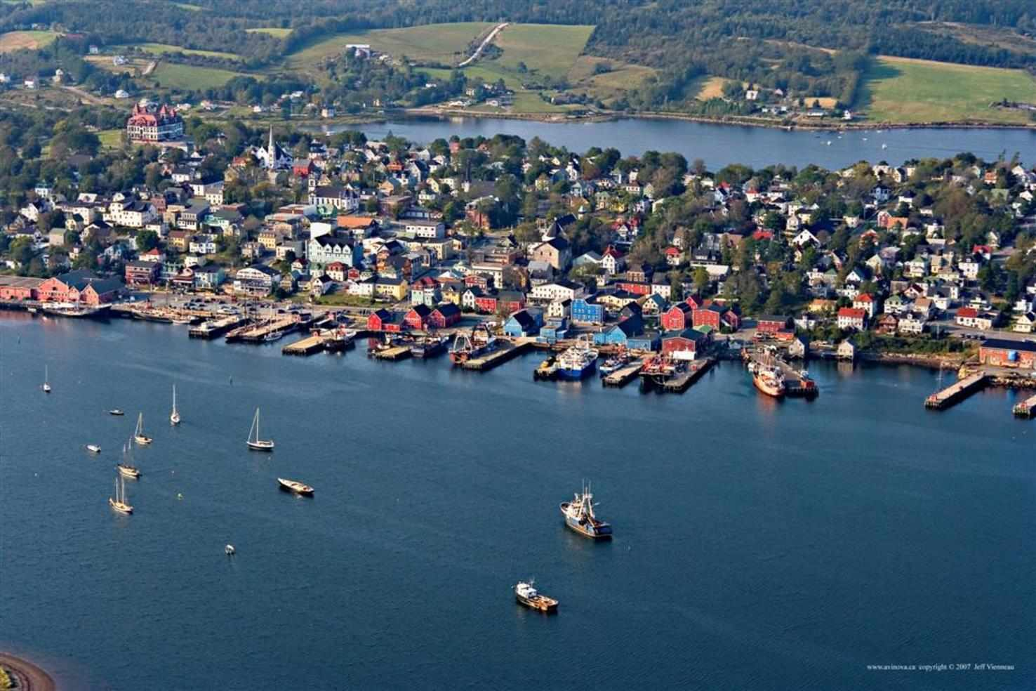 Large lunenburg aerial