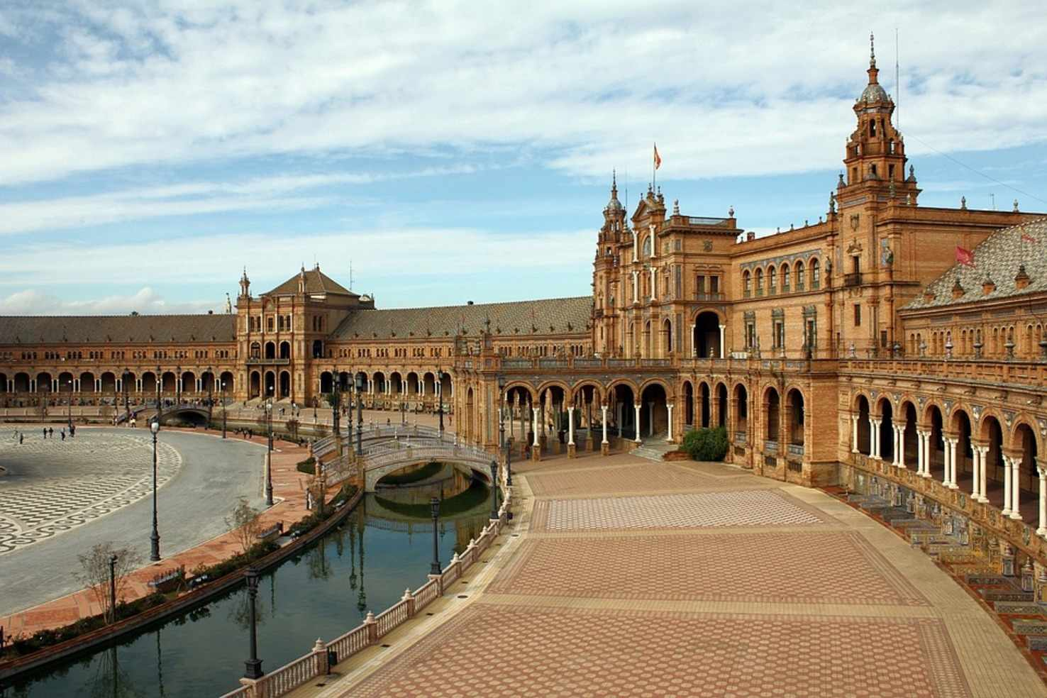 Large plaza de espana