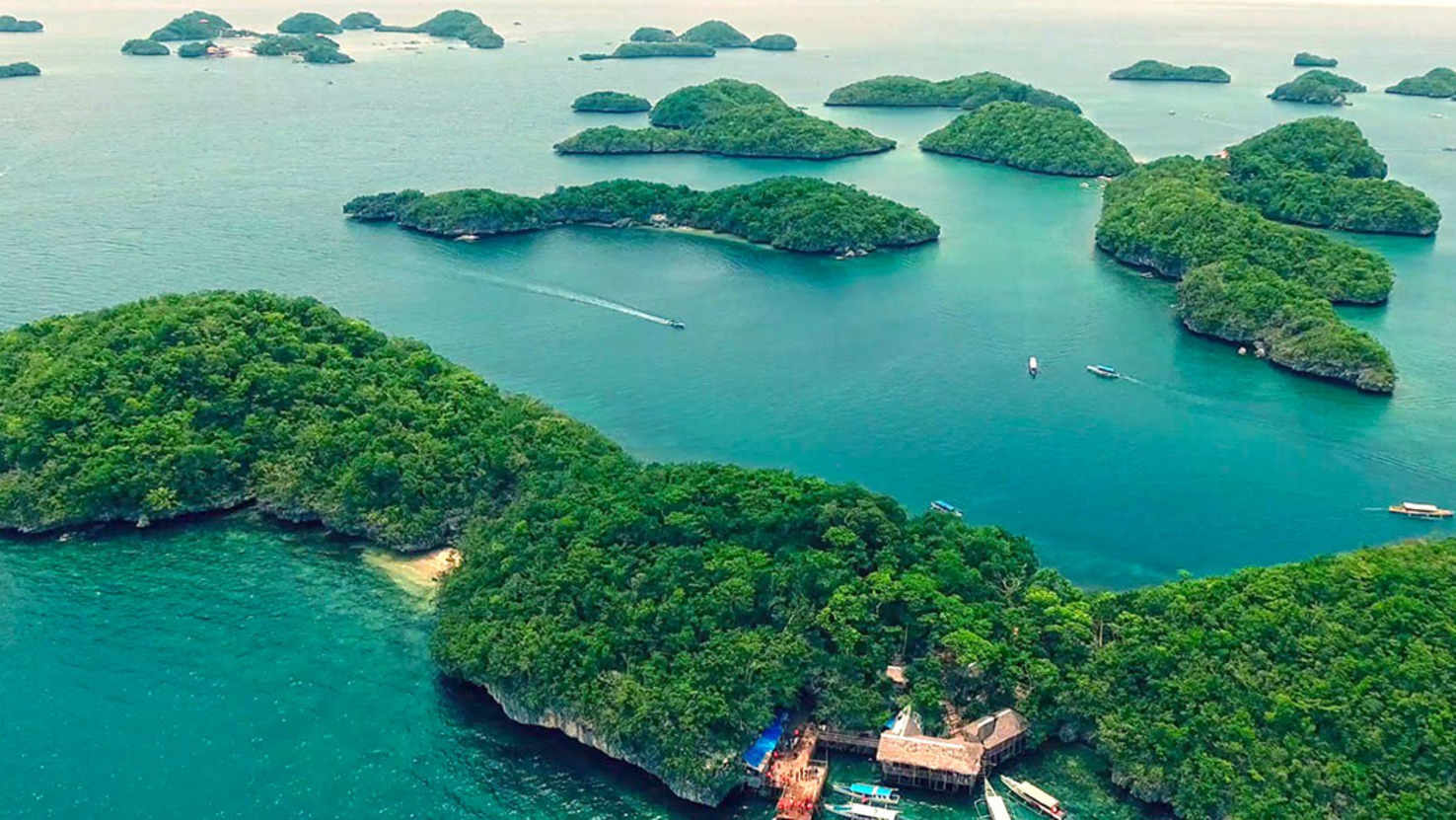Large hundred islands