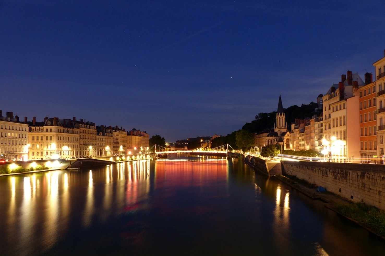 Large saone lyon dawn night calm saint georges