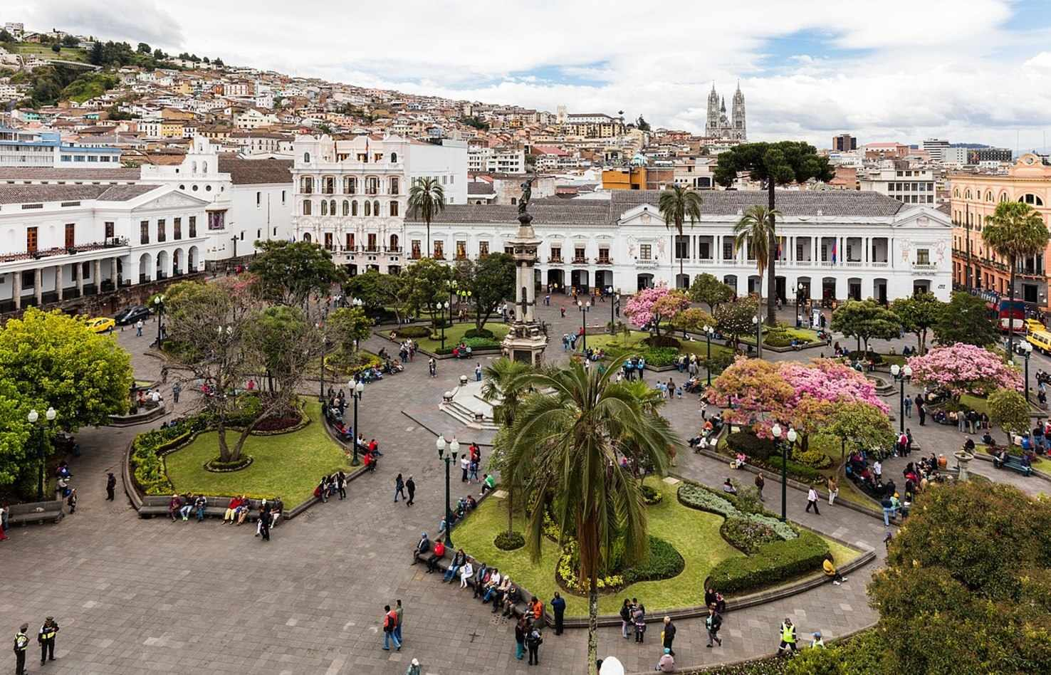 Large plaza grande  quito  ecuador