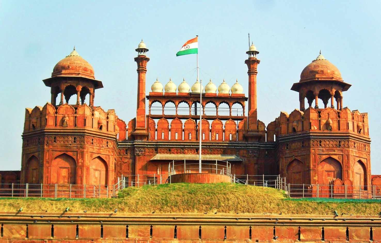 Delhi, Agra With Indian Temple Tour India Holiday Package