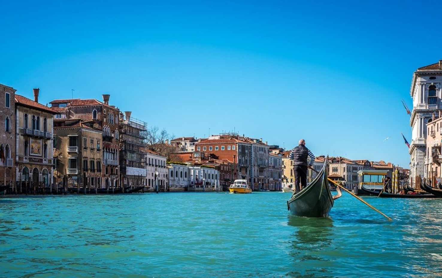 Venice/ Slovenia/ Croatia/ Montenegro Holiday Package