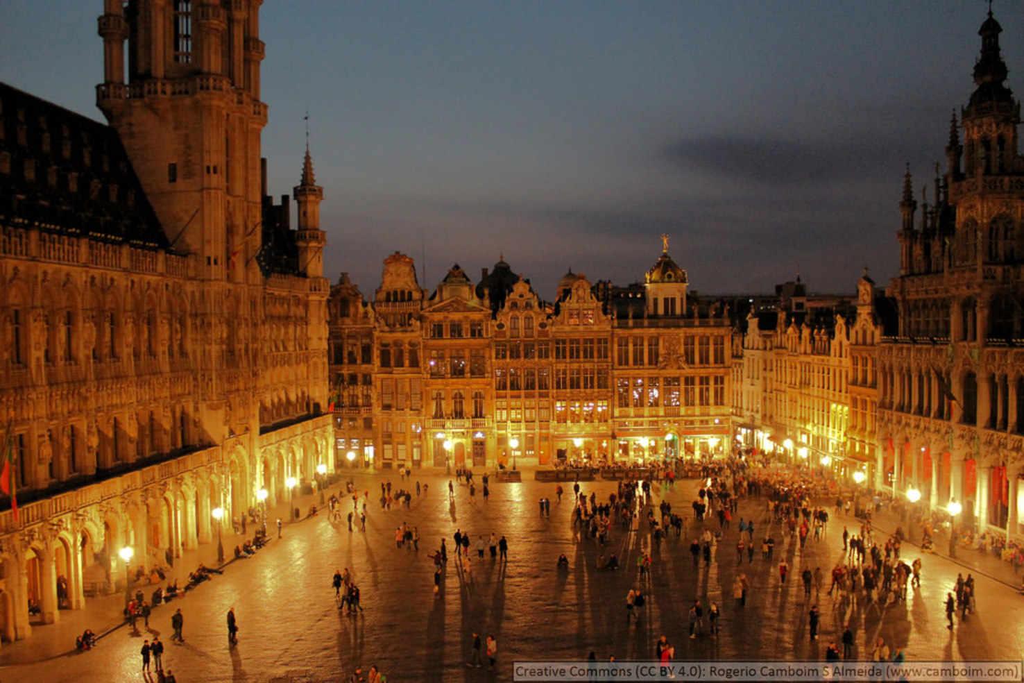 Large grand place brussels  2