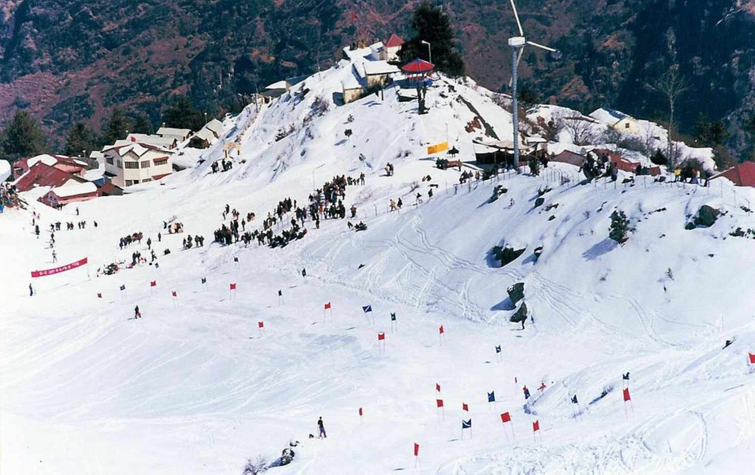 Auli Skiing Tour India Holidays Package