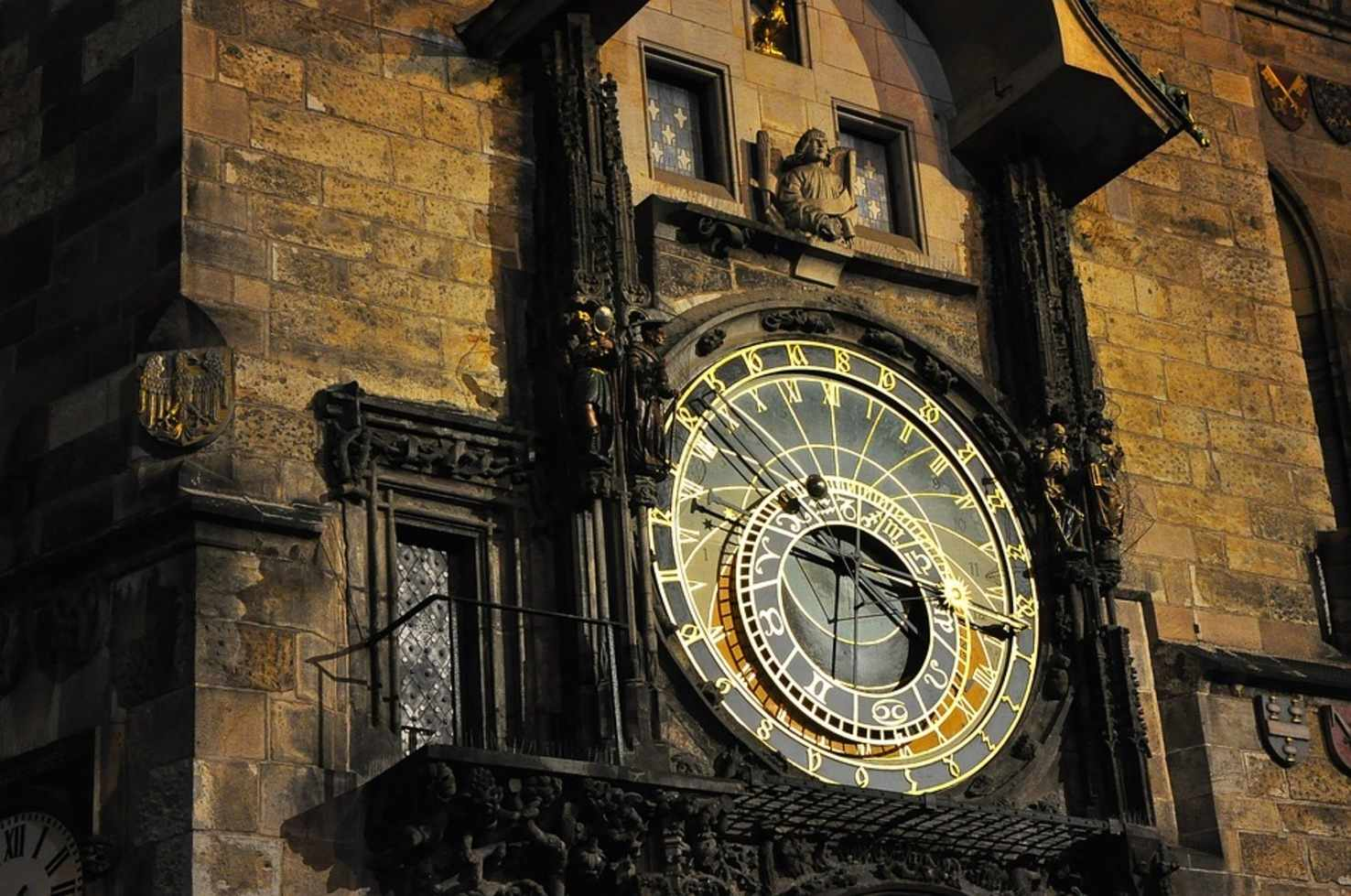 Large prague clock