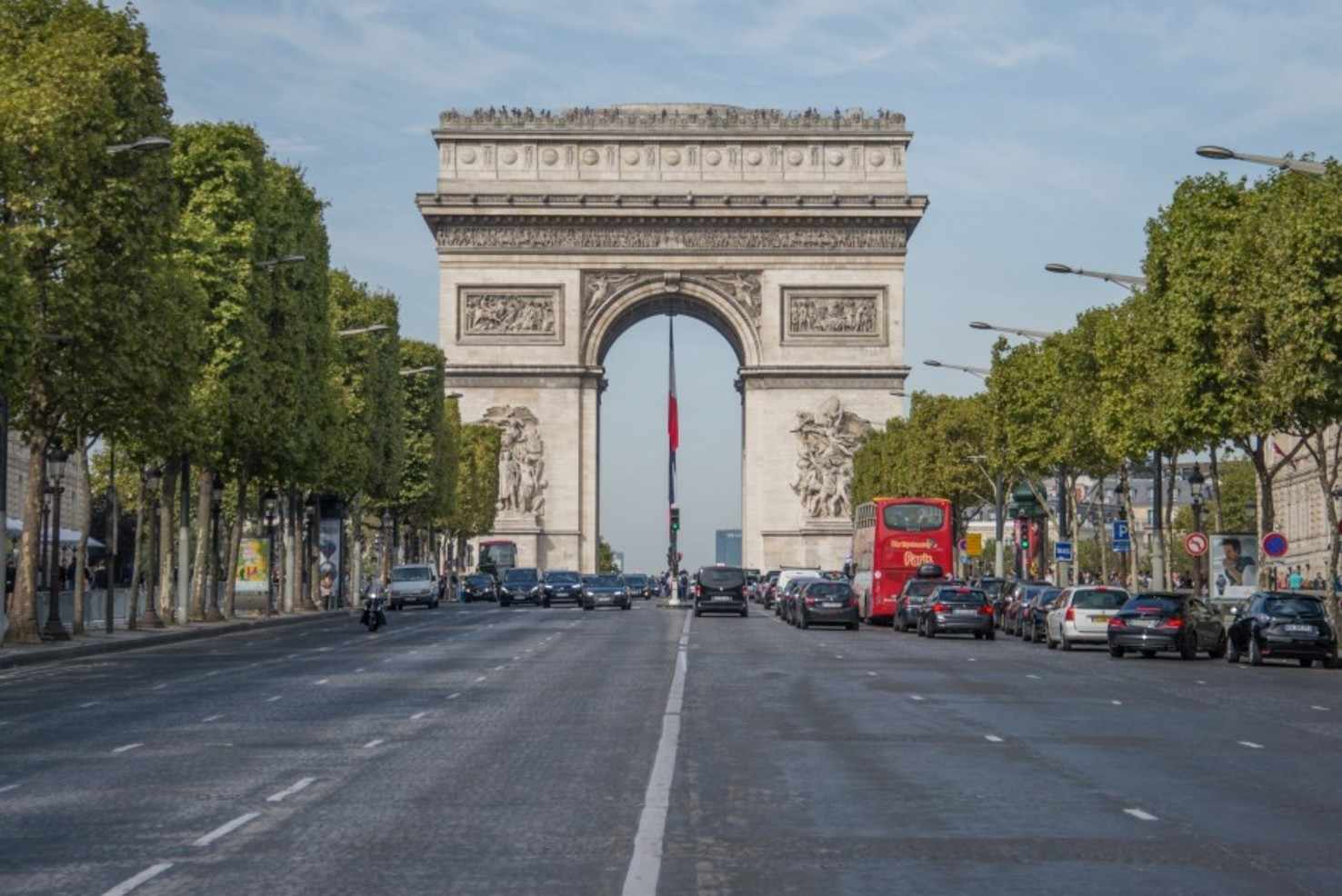 Large arc de triomphe