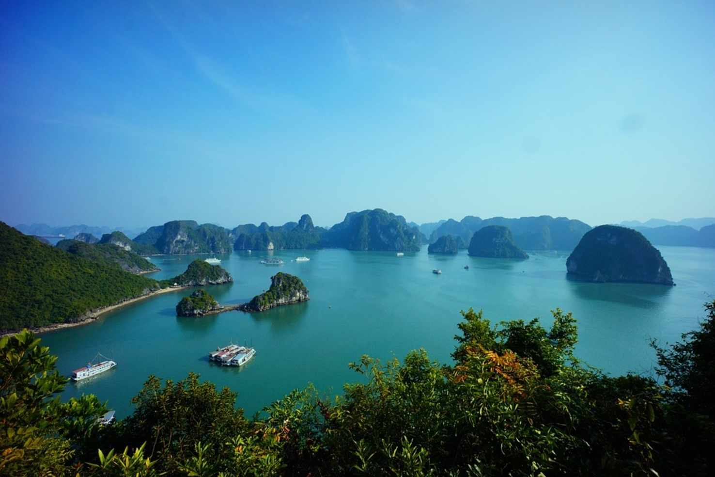 Large halong bay vietnam